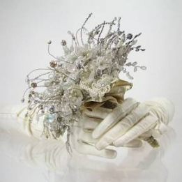 http://www.powerhomebiz.com/BizNews/wp-content/uploads/2011/11/winter-wedding-bouquets-1.jpg